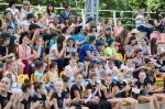 При поддержке «Відродження» победители детского спортивного фестиваля посетили дельфинарий